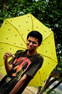 Fascinated by yellow umbrellas :P